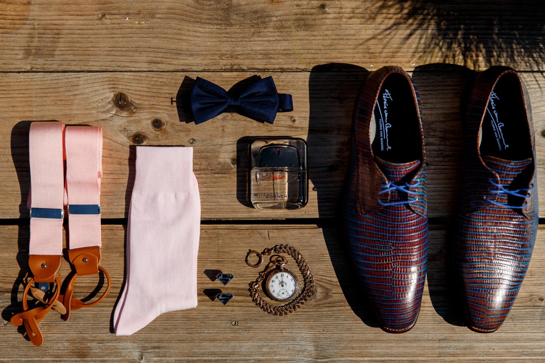 roze sokken bruiloft
